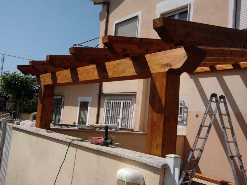 Tettoie in legno lamellare lavori eseguiti arredamento per il giardino gazebi tende da - Tettoie in legno ...